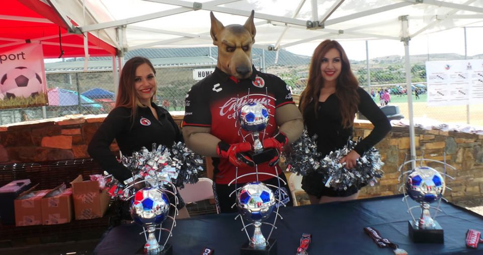 SPECIAL VISIT TO XOLOS INTERNATIONAL CUP